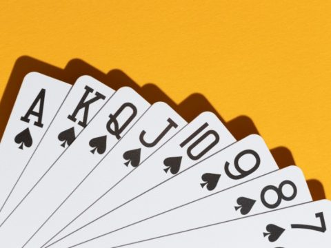 Guide on Blackjack Online: Winning Strategies, Tips and More